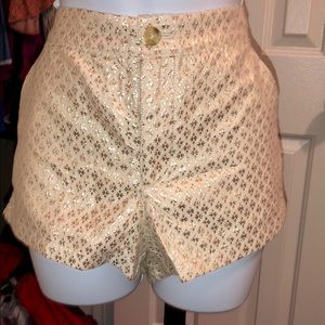 Ambrocrombie& Fitch SZ6 cream &gold classy shorts